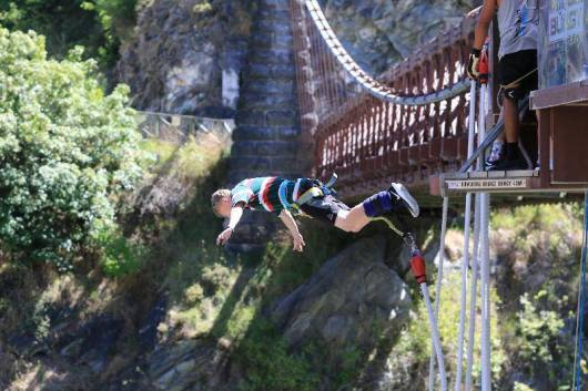Elliot bungy jumps